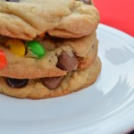 Summer Fun: Making Weekly Cookies – Recipe: Thick and Chewy Chocolate Chip Cookies