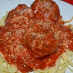 Summer Fun: Eat Spaghetti and Meatballs while Watching Lady and the Tramp – Recipe: Spaghetti and Meatballs
